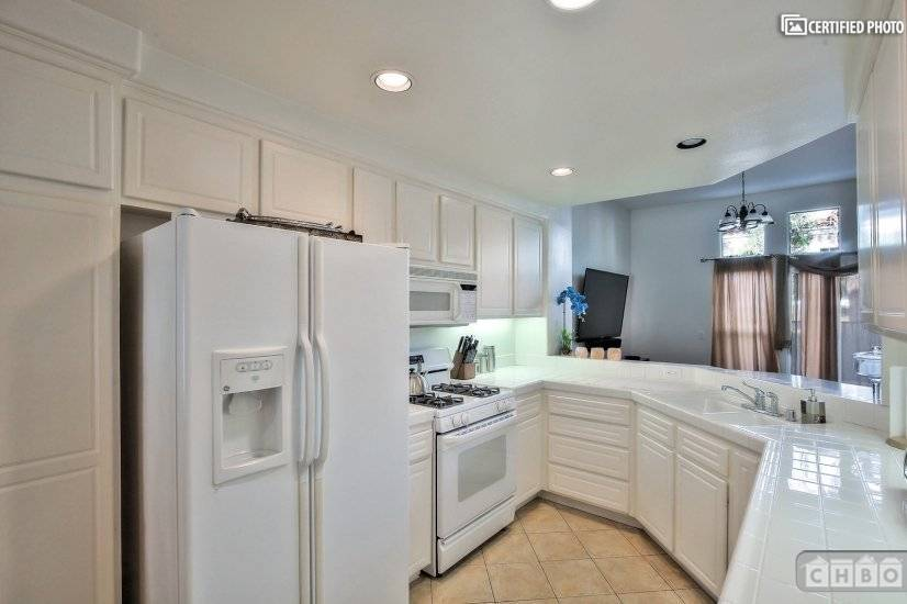 image 10 furnished 2 bedroom Townhouse for rent in Tustin, Orange County