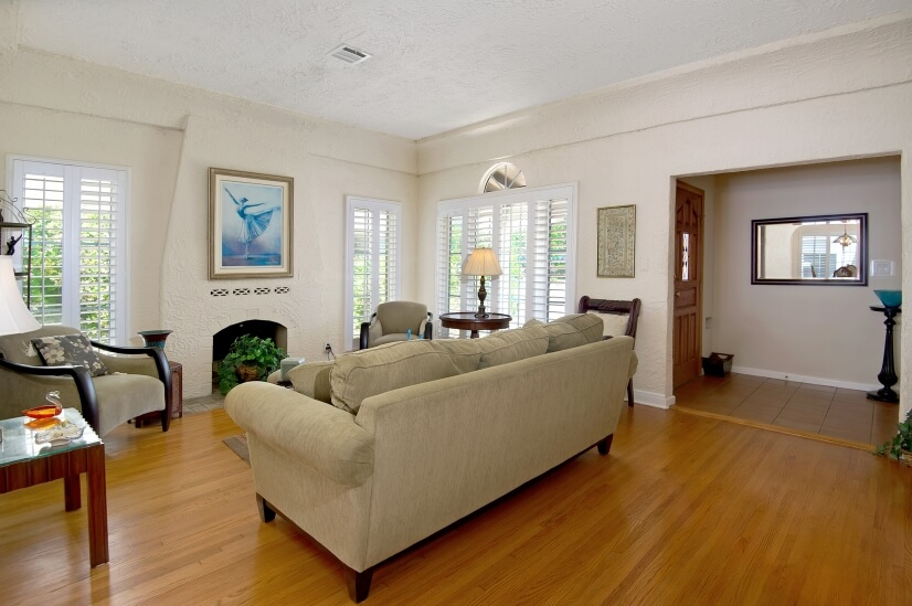 image 5 furnished 2 bedroom House for rent in Mid City, Metro Los Angeles