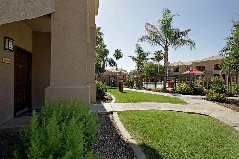 image 4 furnished 2 bedroom Townhouse for rent in Mesa Area, Phoenix Area