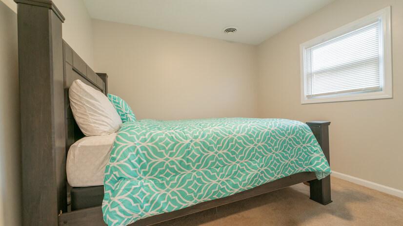2nd Bedroom_2