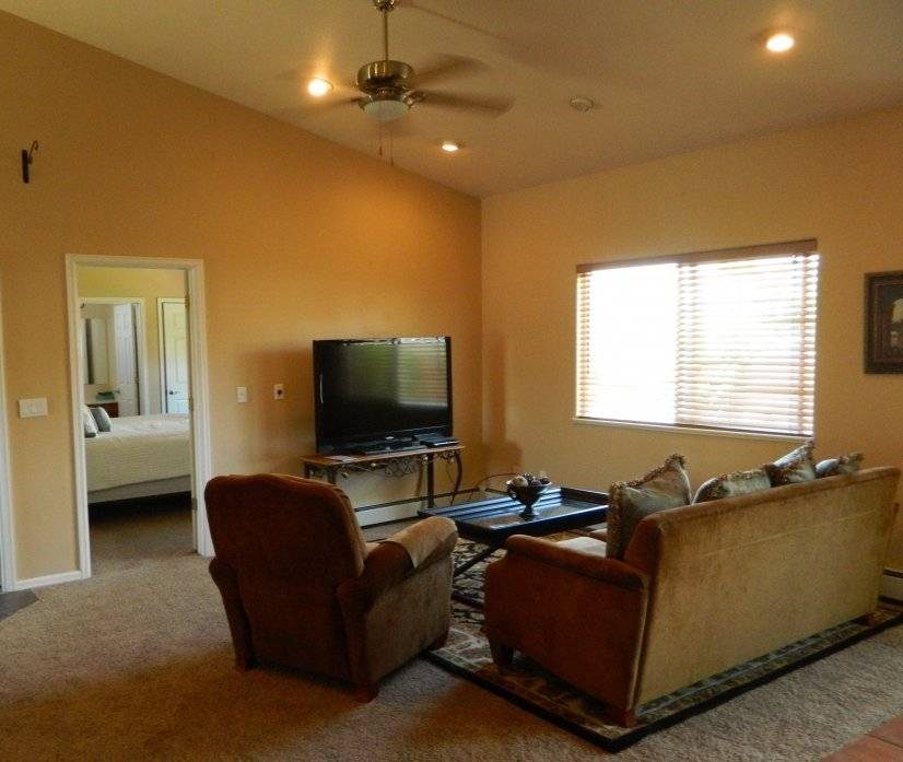 image 4 furnished 3 bedroom House for rent in Grand Junction, Mesa (Grand Junction)