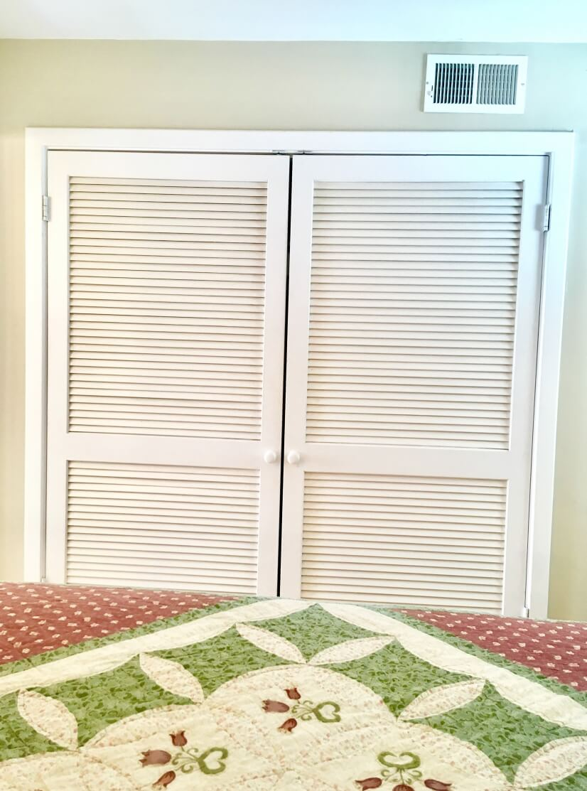 Spacious Bedroom Closetr