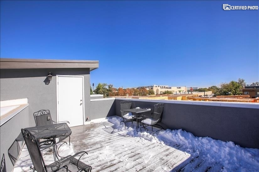 Spacious Private Rooftop Deck