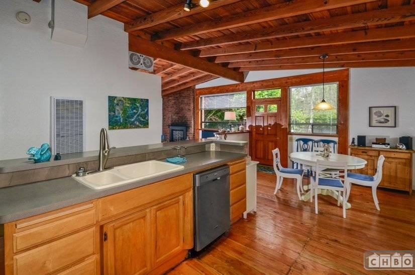 image 10 furnished 3 bedroom House for rent in Santa Cruz, Monterey Bay