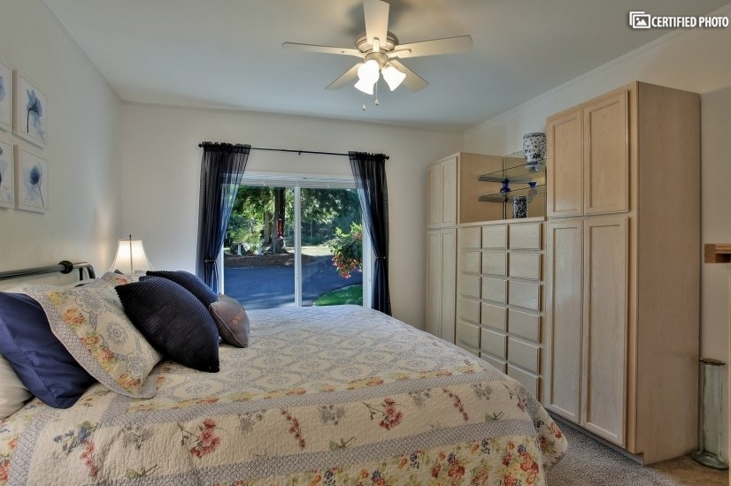 image 15 furnished 3 bedroom House for rent in Other Snohomish Cty, Seattle Area