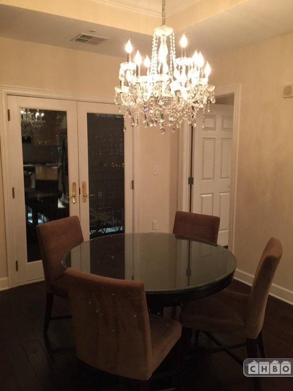 image 5 furnished 1 bedroom Townhouse for rent in Lincoln Park, Denver Central