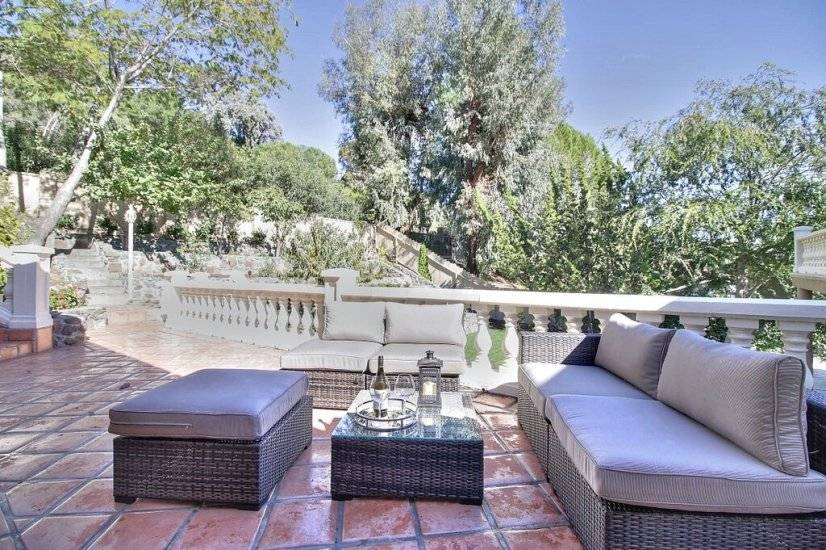 image 14 furnished 5 bedroom House for rent in Redwood City, San Mateo (Peninsula)