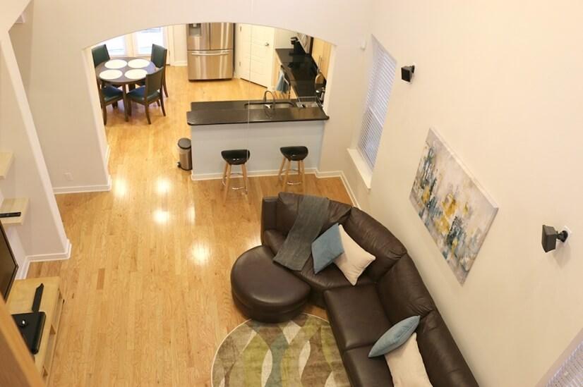 Living room/kitchen2