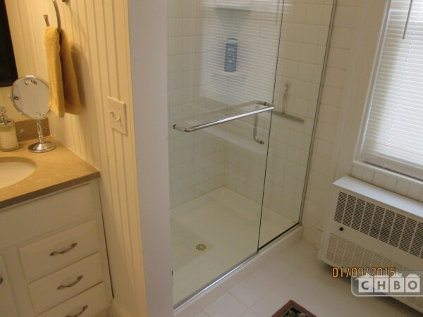 Large shower, Master Bathroom