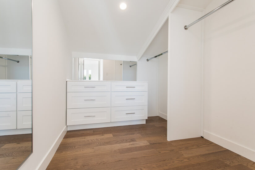 Bedroom 4, Walk In Closet