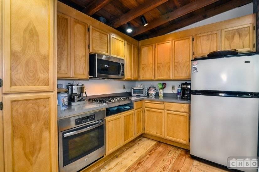 image 9 furnished 3 bedroom House for rent in Santa Cruz, Monterey Bay