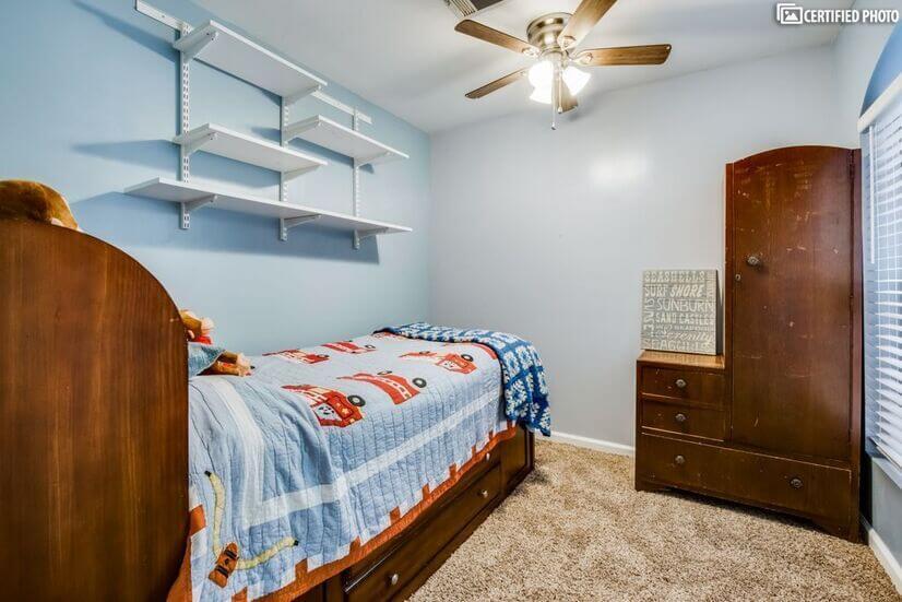 Bonus room converted garage used as guest  5t