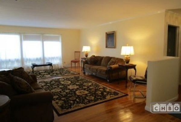 image 2 furnished 3 bedroom House for rent in Mount Prospect, North Suburbs