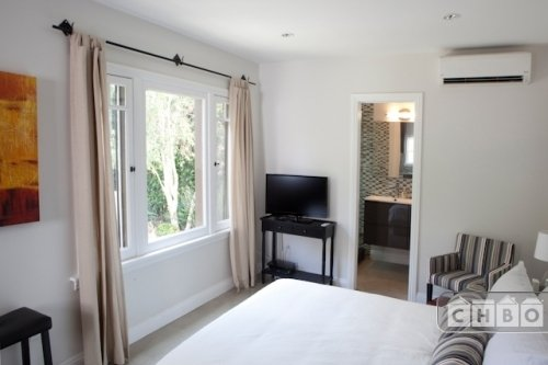 image 3 furnished Studio bedroom Hotel or B&B for rent in West Hollywood, Metro Los Angeles