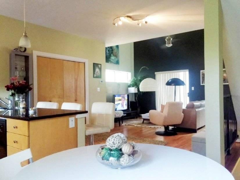 image 4 furnished 2 bedroom Townhouse for rent in Gresham Park, DeKalb County