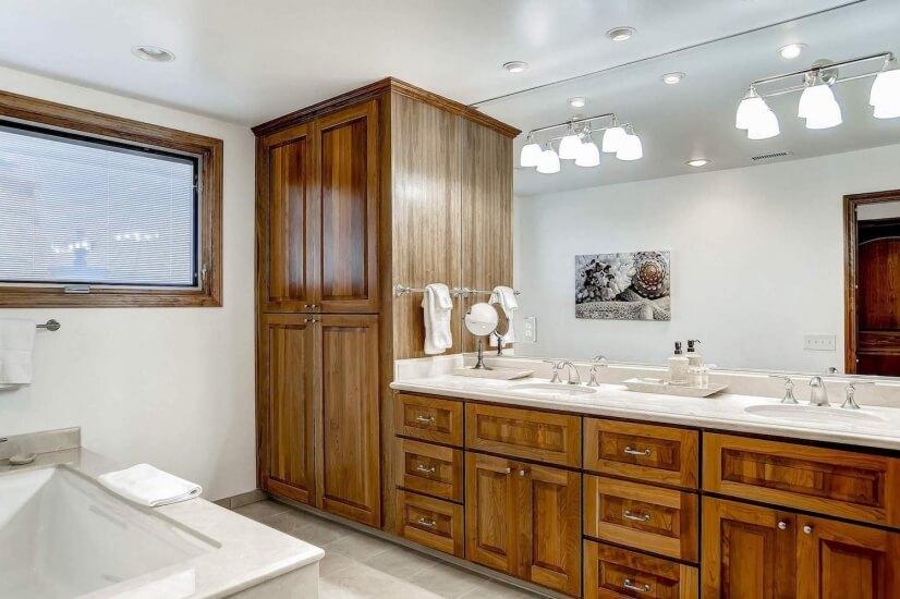 Bathroom 1 dual sinks
