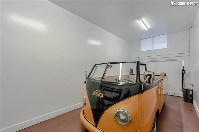 2 car Garage - Car not included
