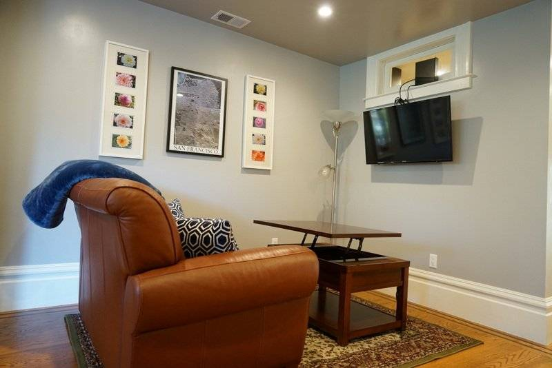 image 7 furnished 1 bedroom Townhouse for rent in Richmond District, San Francisco