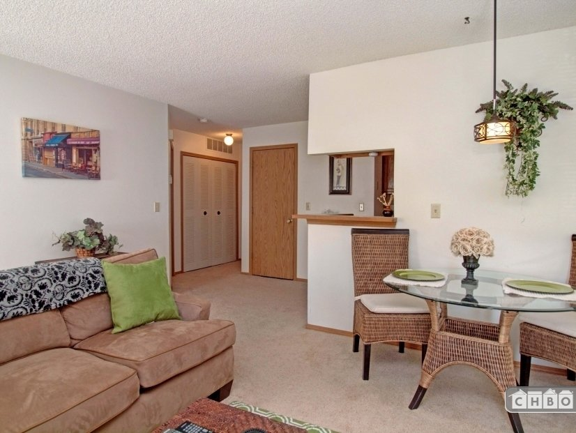 image 3 furnished 1 bedroom Townhouse for rent in Norwood, Colorado Springs