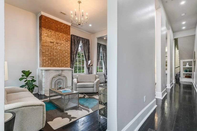 image 4 furnished 2 bedroom Townhouse for rent in Garden District, New Orleans Area