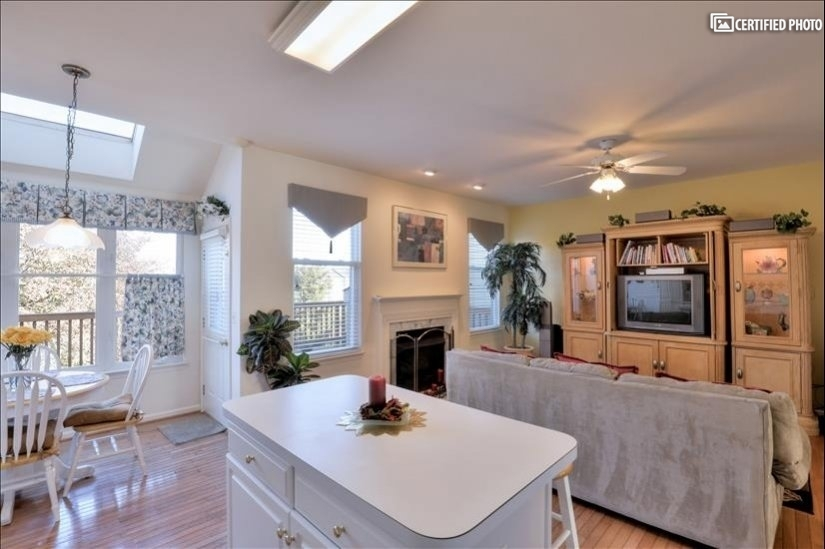 image 9 furnished 3 bedroom House for rent in Ashburn, DC Metro