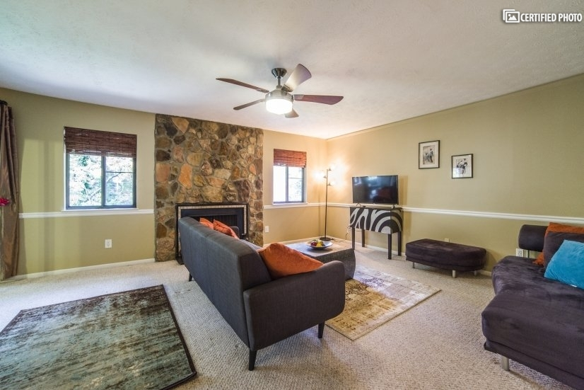 image 4 furnished 2 bedroom Townhouse for rent in Marietta, Cobb County