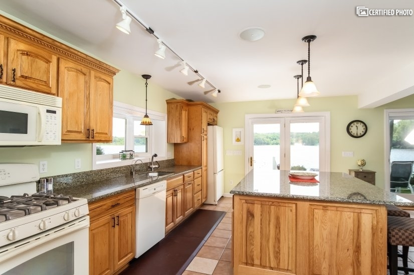 image 6 furnished 4 bedroom House for rent in East Haddam, Middlesex County