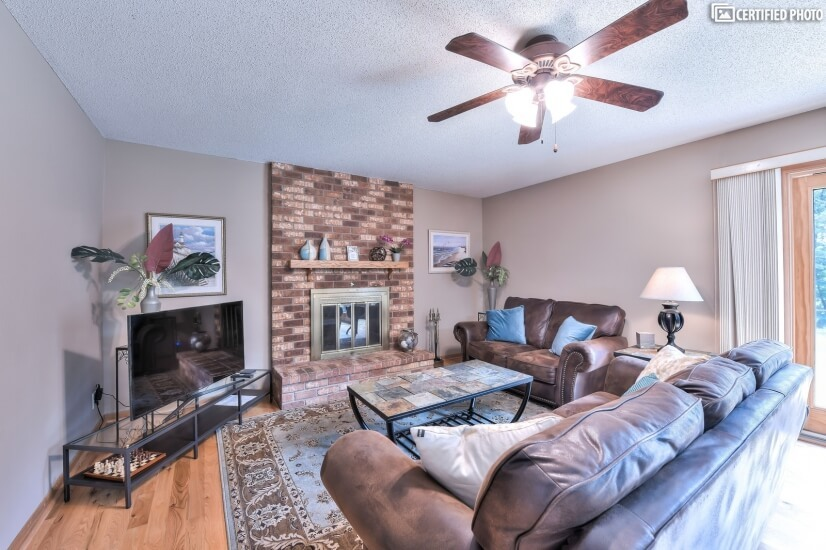 image 2 furnished 4 bedroom House for rent in Woodbury, Twin Cities Area