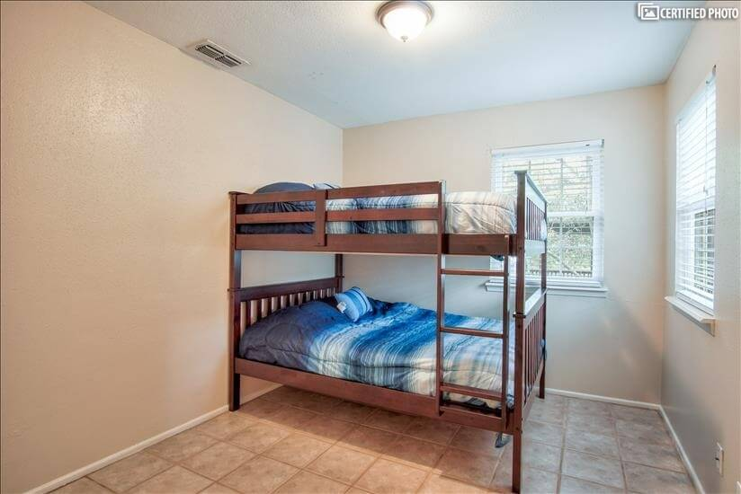 3rd bedroom w/full size bunk beds