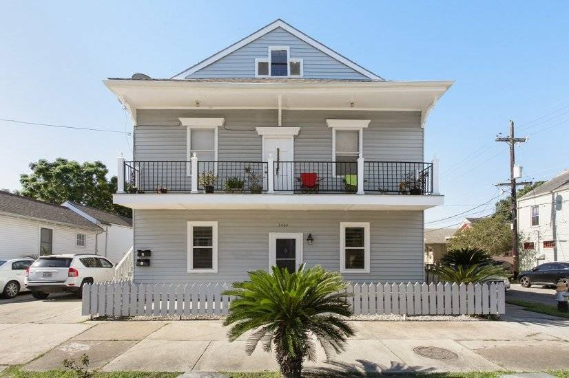 image 2 furnished 2 bedroom Townhouse for rent in Mid-City, New Orleans Area