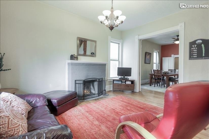 image 6 furnished 4 bedroom House for rent in Washington Park, Denver South