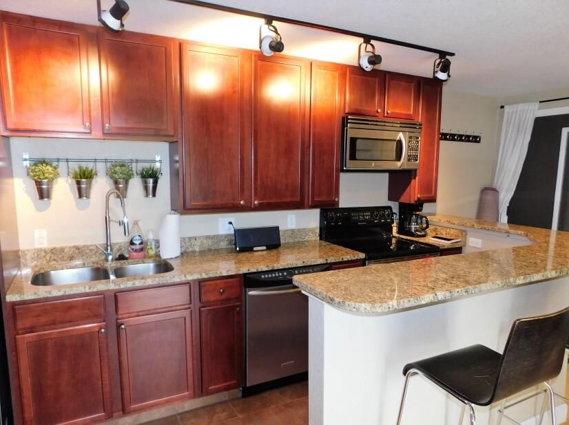 image 9 furnished 2 bedroom Townhouse for rent in Belcaro, Denver East