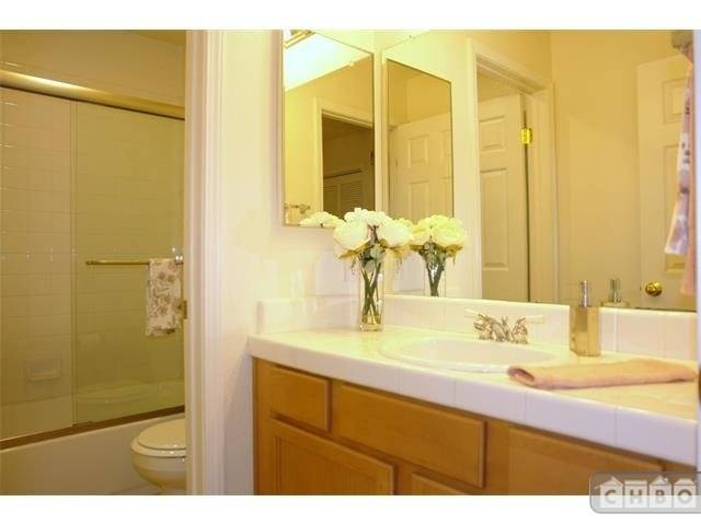 image 10 unfurnished 2 bedroom Townhouse for rent in Mountain View, San Mateo (Peninsula)