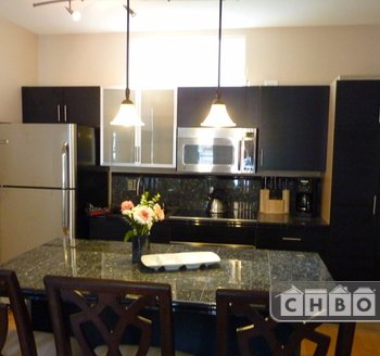 image 2 furnished 2 bedroom Townhouse for rent in Park West, Central San Diego