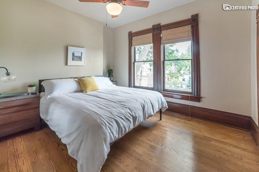 image 18 furnished 5 bedroom House for rent in Capitol Hill, Denver Central