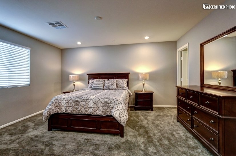 image 10 furnished 3 bedroom Townhouse for rent in Henderson, Las Vegas Area