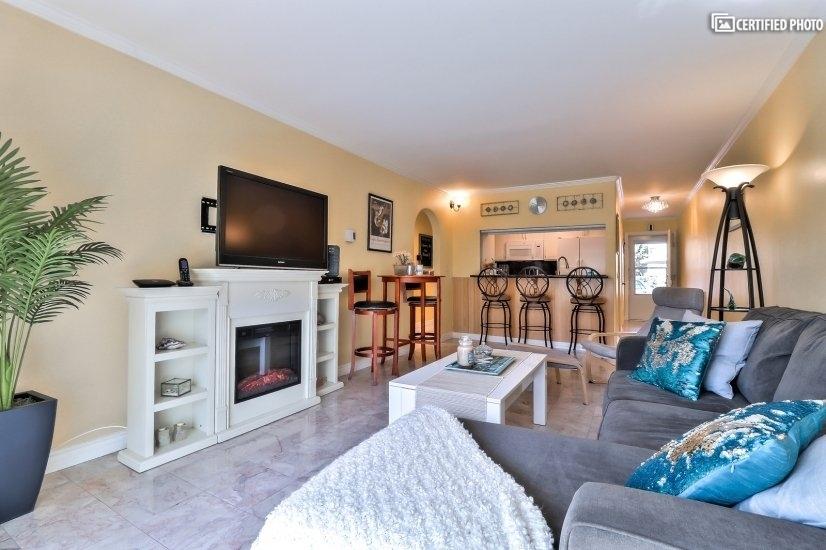 image 3 furnished 3 bedroom Townhouse for rent in Port Hueneme, Ventura - Santa Barbara