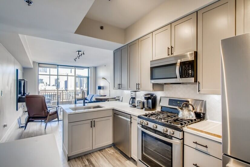 Fully Remodeled & Furnished 1BR w Million Dollar Views