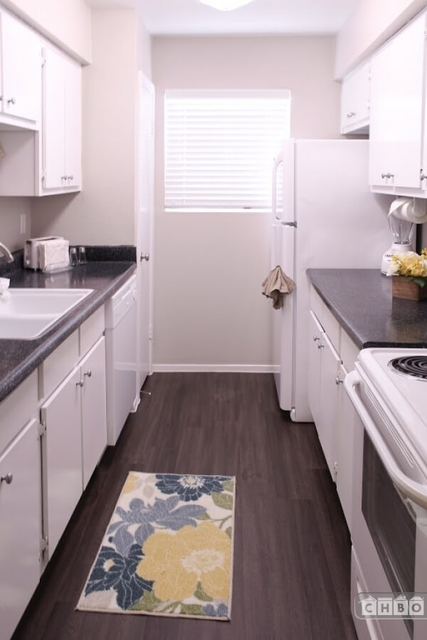 image 6 furnished 2 bedroom Apartment for rent in Other West Houston, West Houston