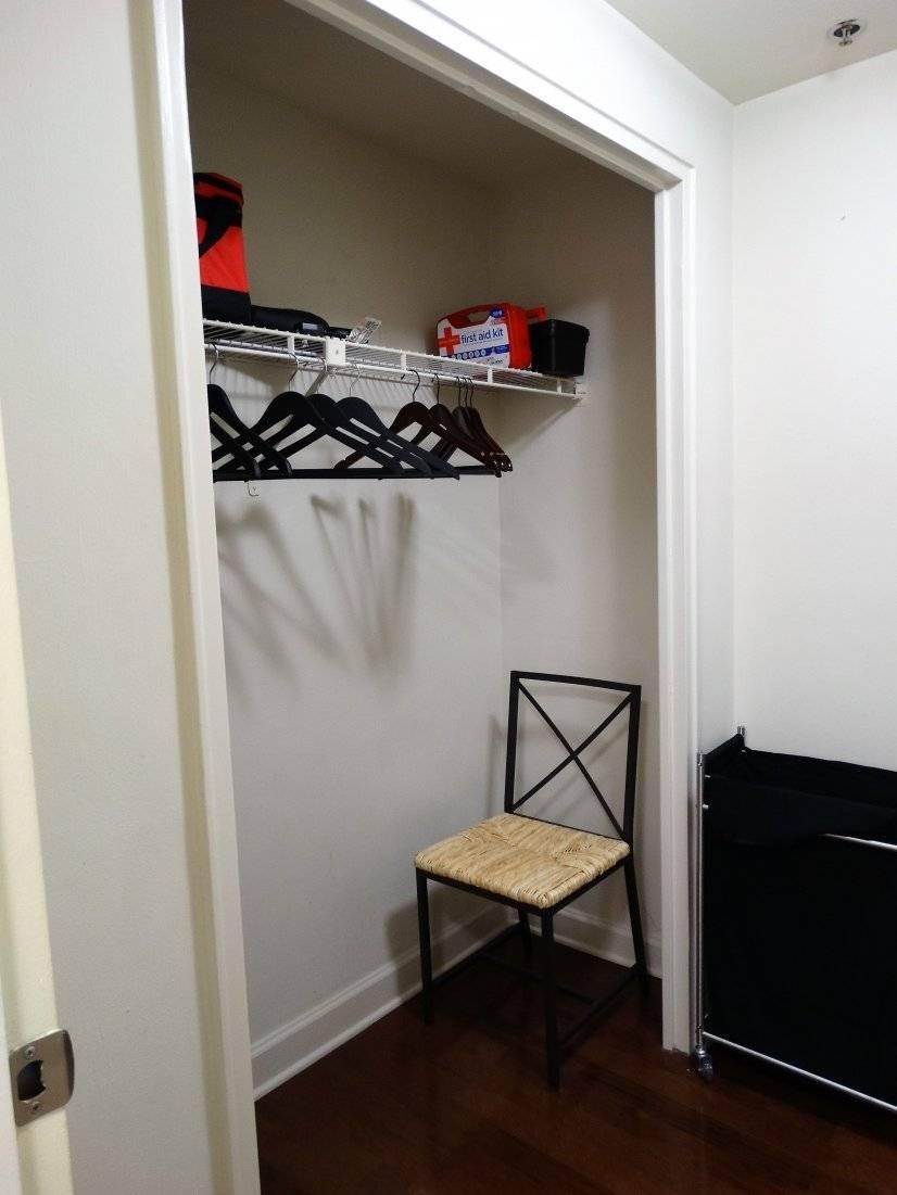 Walk-in closet & dressing room