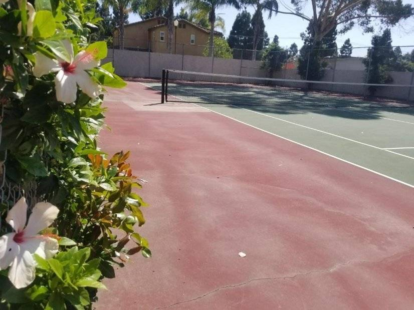 image 14 furnished 1 bedroom Townhouse for rent in Huntington Beach, Orange County