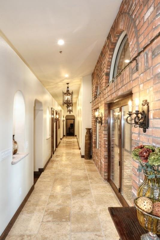 grand hallway!