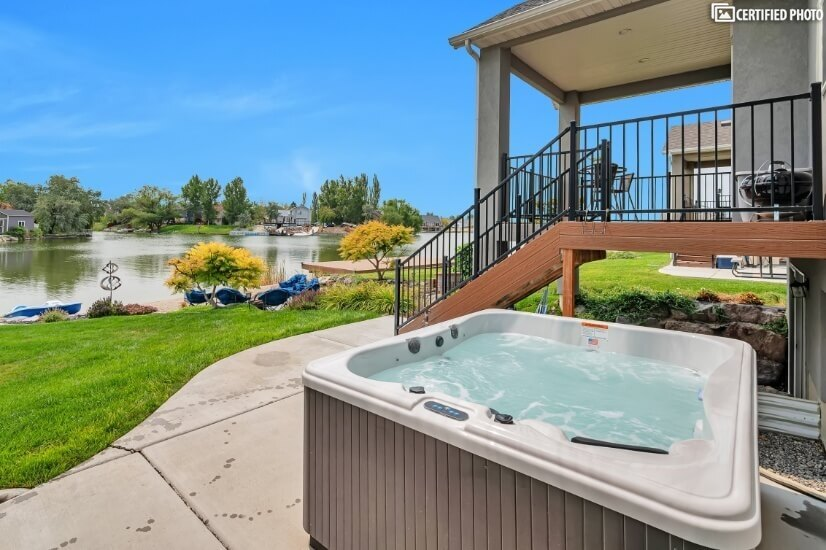 Hot Tub with Bluetooth for Music & Lights