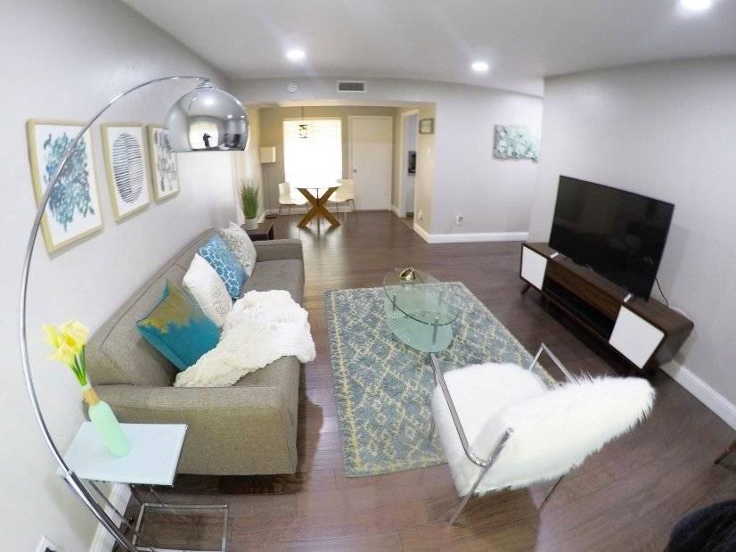 image 10 furnished 1 bedroom Townhouse for rent in Melshire Estates, Dallas