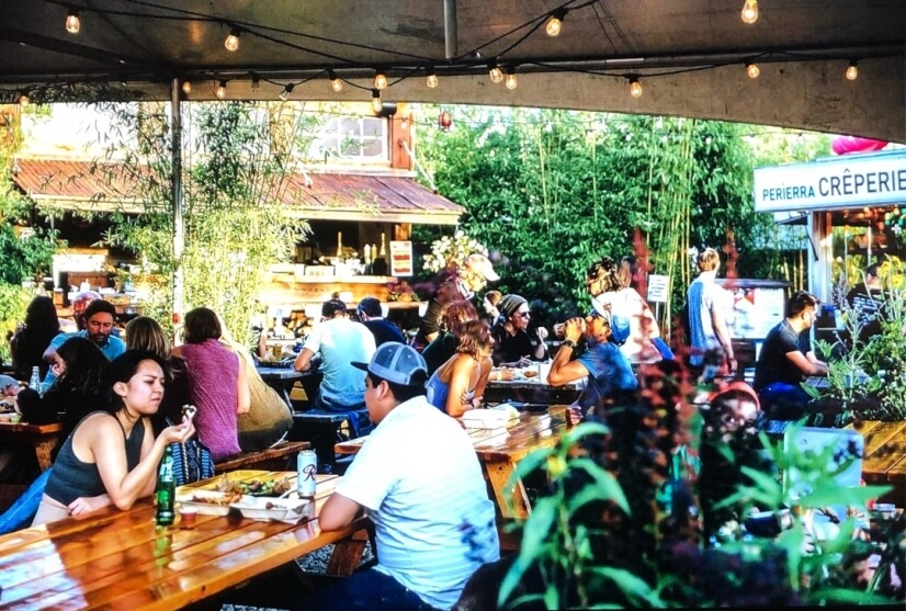 3 of Portland's best Food Carts are less than 10mins away.
