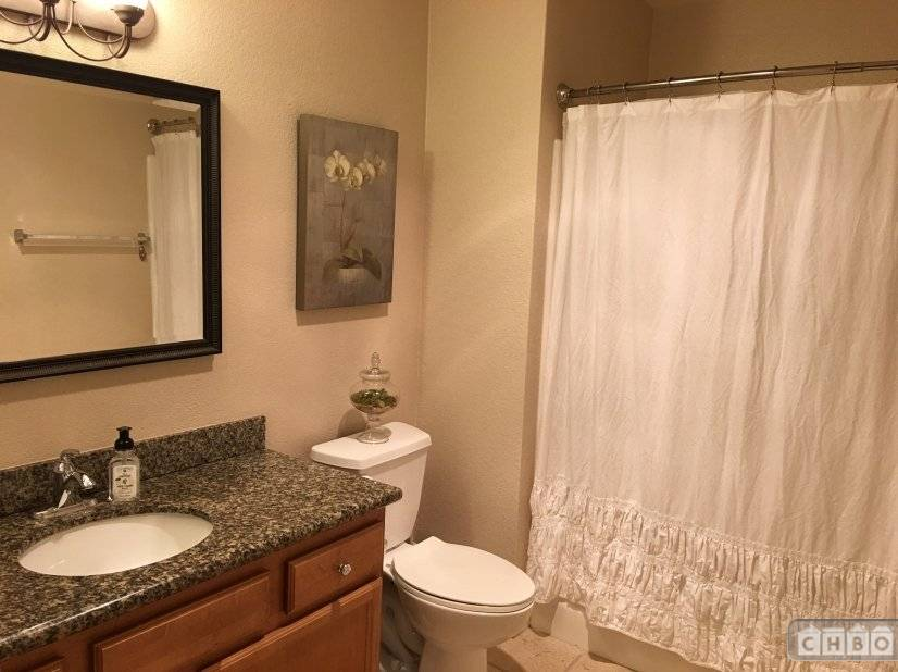 image 8 furnished 1 bedroom Townhouse for rent in Sorrento Valley, Northeastern San Diego