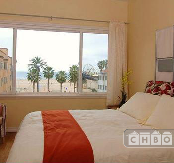 image 5 furnished Studio bedroom Apartment for rent in Santa Monica, West Los Angeles