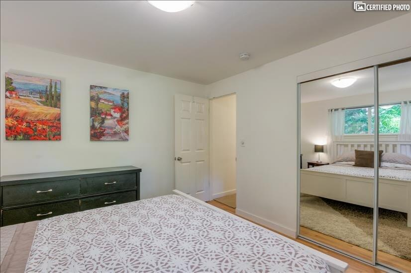 image 13 furnished 3 bedroom Townhouse for rent in Other King Cty, Seattle Area