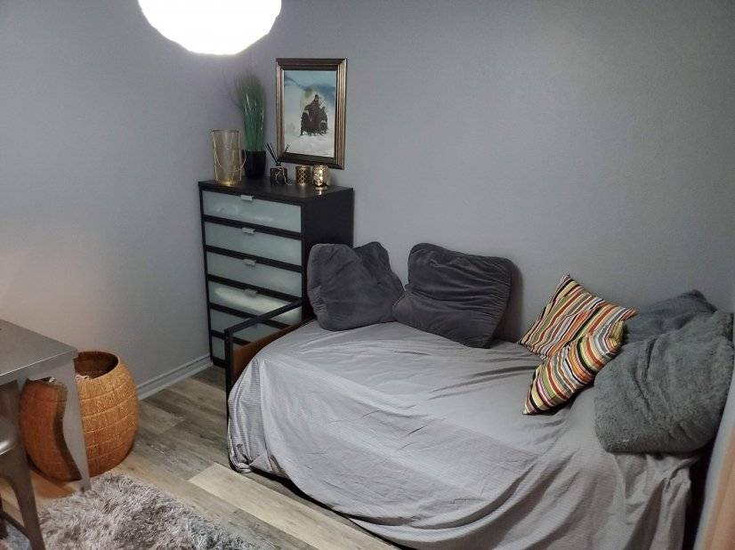 2nd Bdr with 1 bed