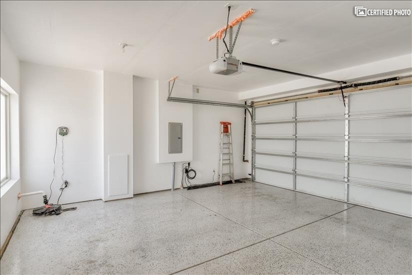 Extra wide, spacious garage